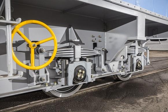 Apparatvagnen som Kiruna Wagon har konstruerat för Trafikverket har ytbehandlats av GMKAB.